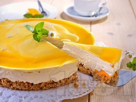 Лек летен чийзкейк с извара и манго - снимка на рецептата